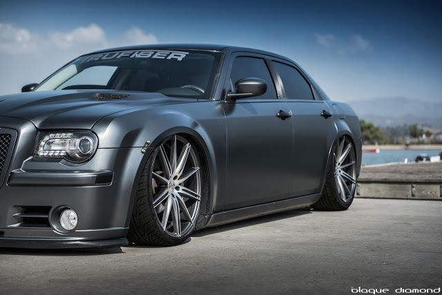 "2010 Chrysler 300 on 22"" Blaque Diamonds in Matte Graphite"