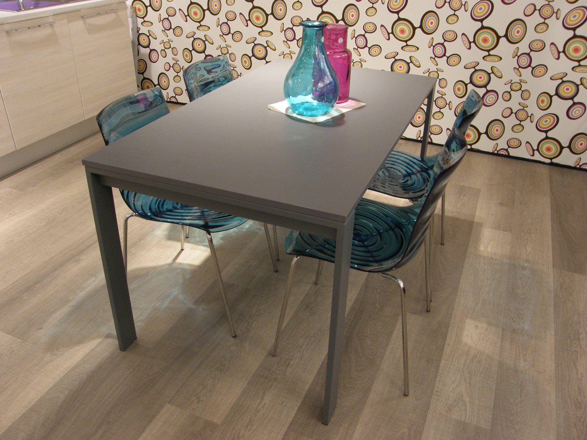 tavolo per cucina lube moderno modello simple scontato del 50 approfitta subito dell outlets