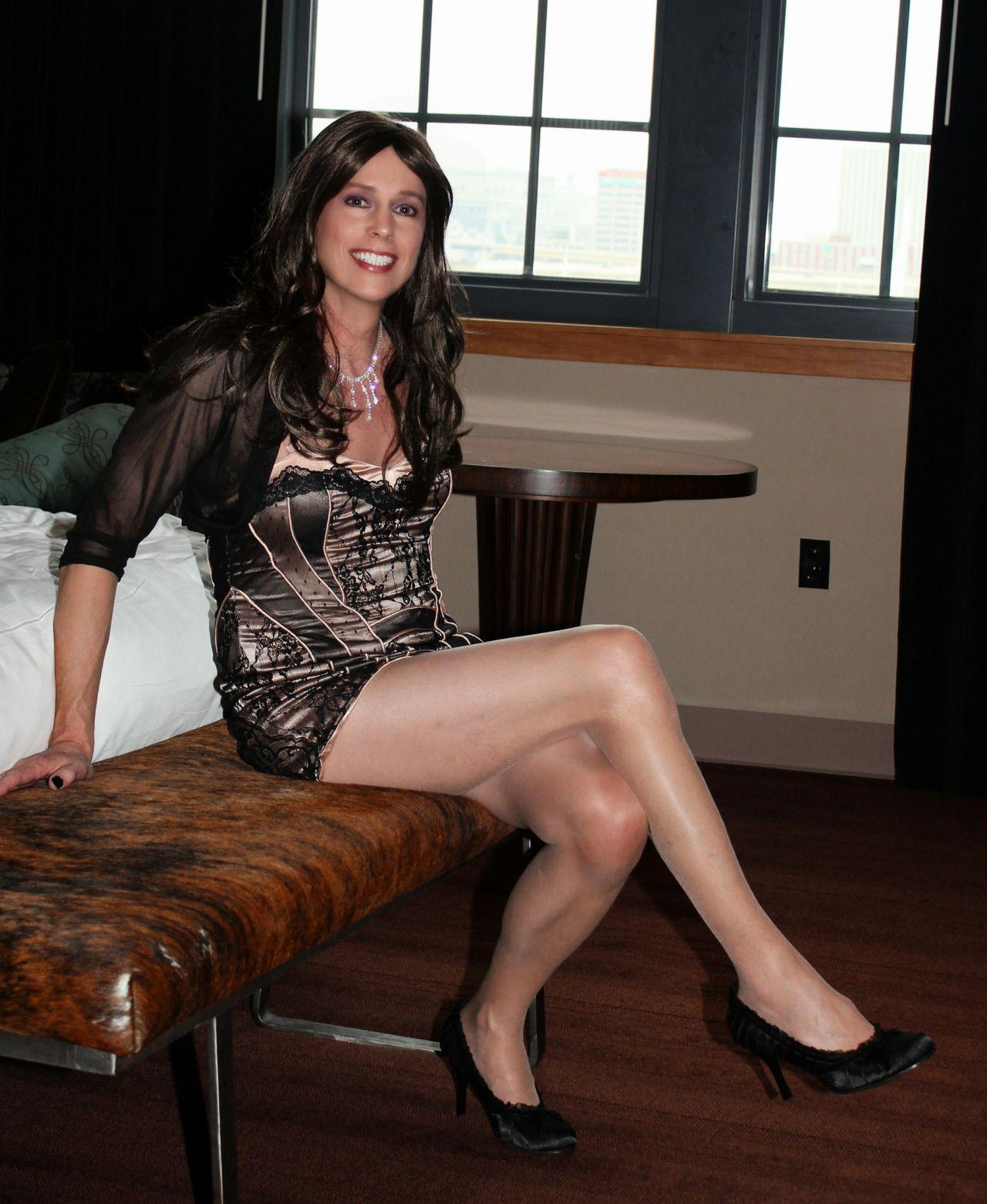 from Romeo lovely transgender legs