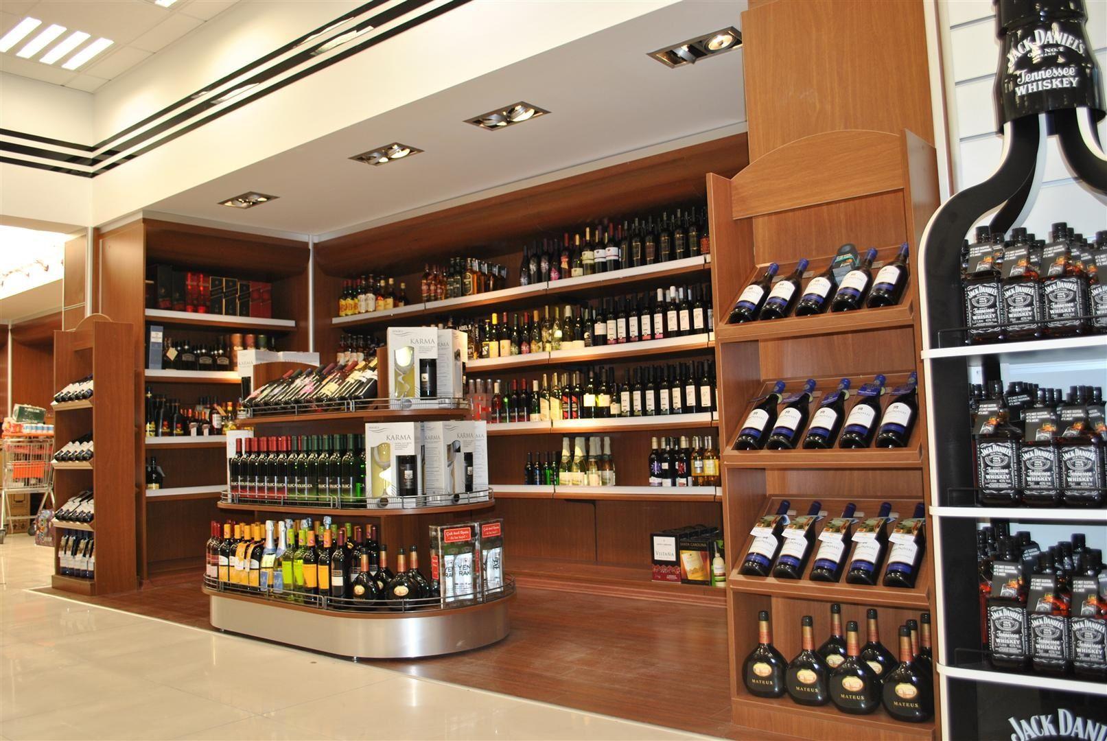 alcohol store design | Alcohol store design | Pinterest | Licoreria ...
