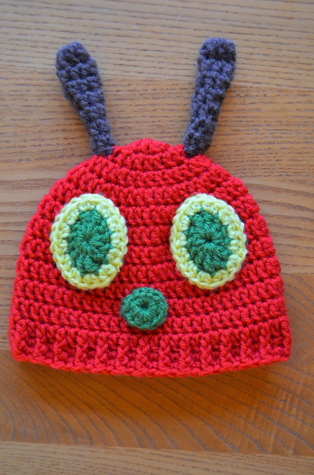 FREE Pattern by Hand Me Down Hobby: Hungry Caterpillar Baby Hat ...