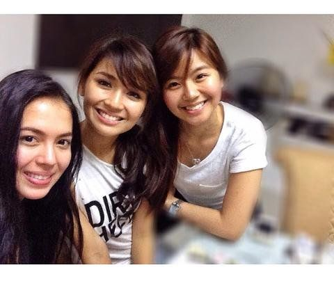 These are three proud alumnae of Goin' Bulilit who are now ...