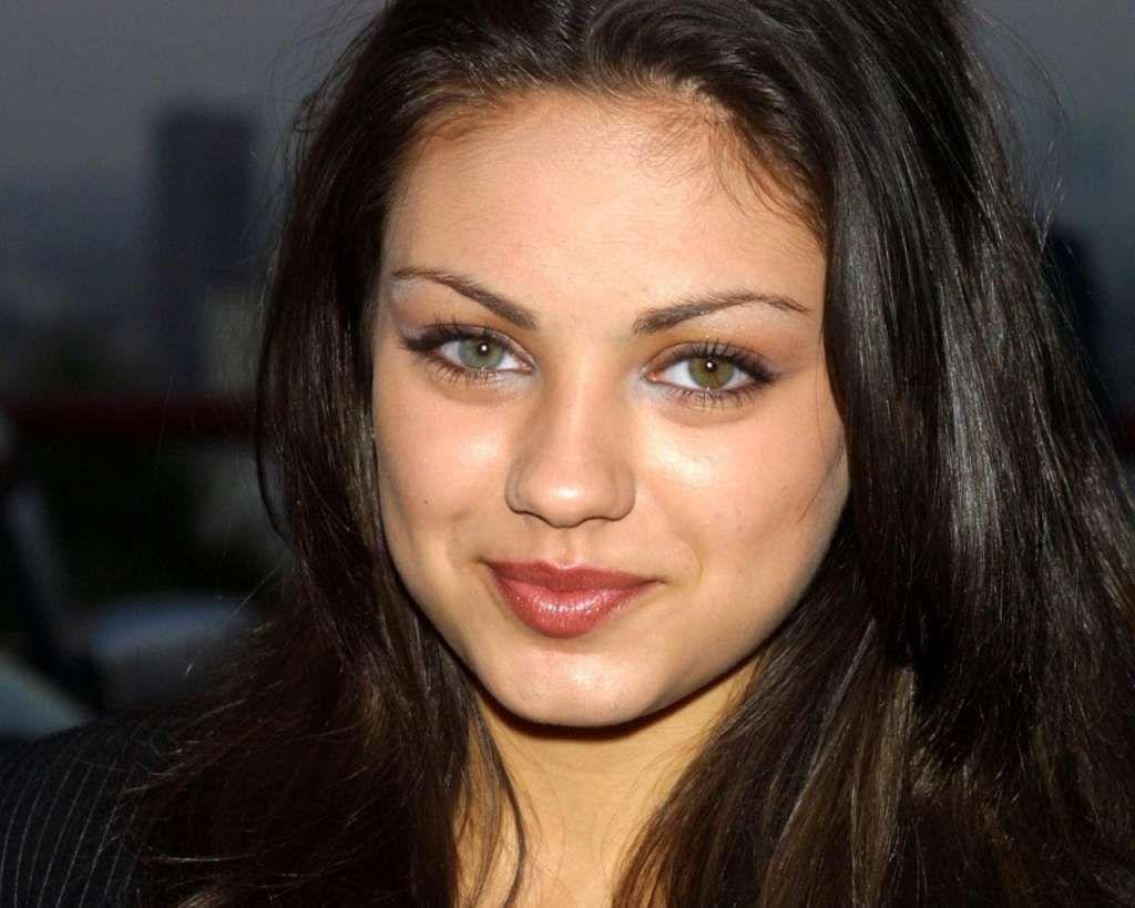 Mila Kunis Heterochromia