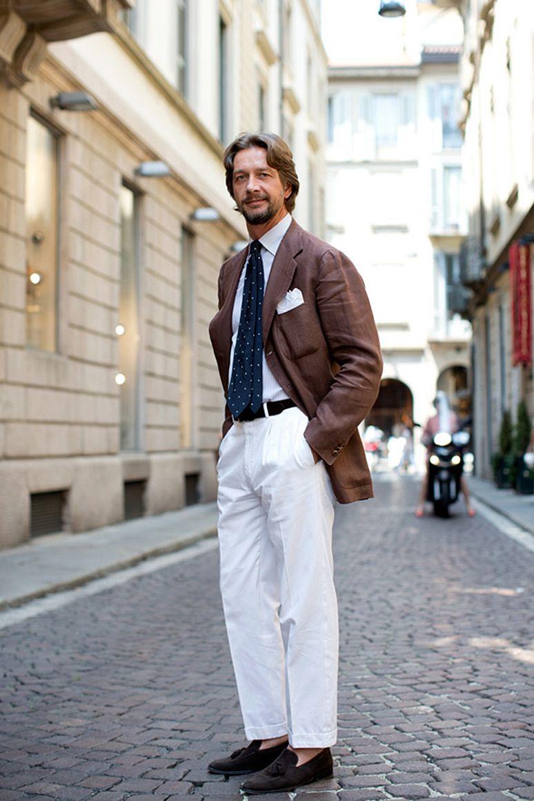 Biale Spodnie Na Cztery Sposoby Mr Vintage Rzeczowo O Modzie Meskiej White Pants Men Mens Summer Outfits Well Dressed Men