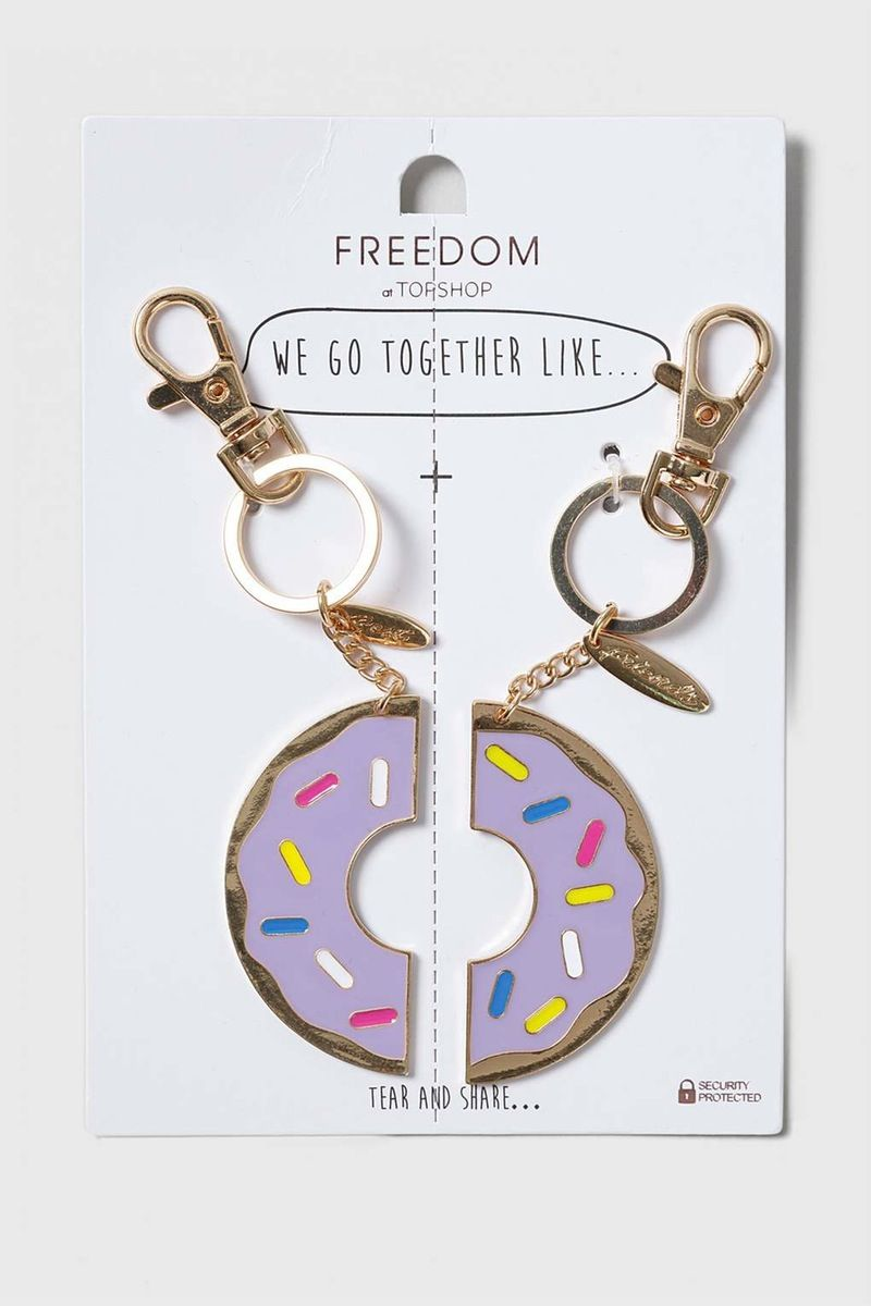 31 thoughtful gift ideas for your sister on national