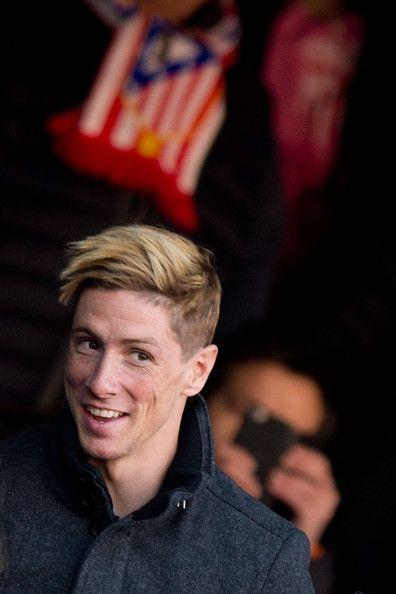 Fernando Torres Photos Photos Club Atletico De Madrid V Levante Ud La Liga Fernando Torres Club Atletico De Madrid Football Hairstyles