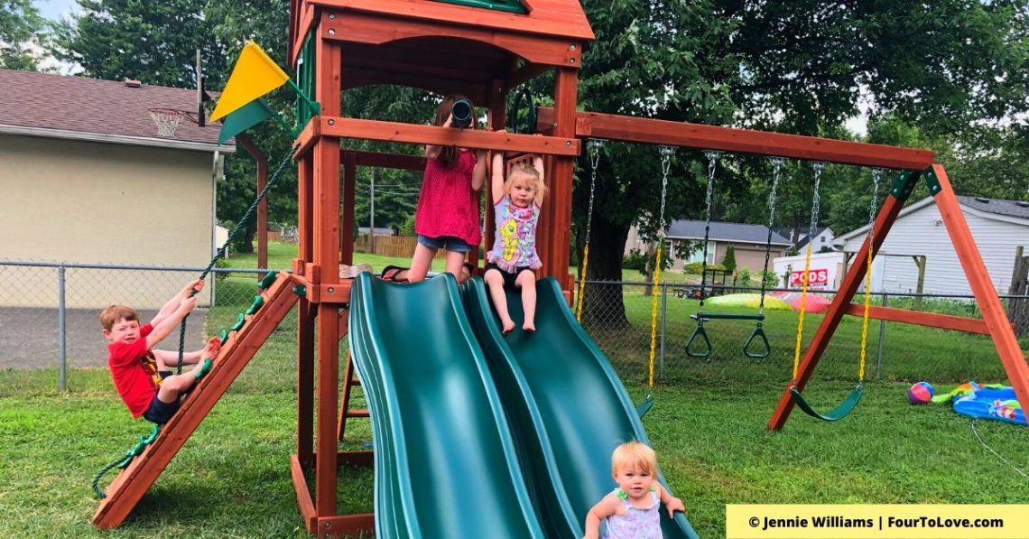 10 Wonderful Outdoor Toys for Toddlers and Older Kids ...