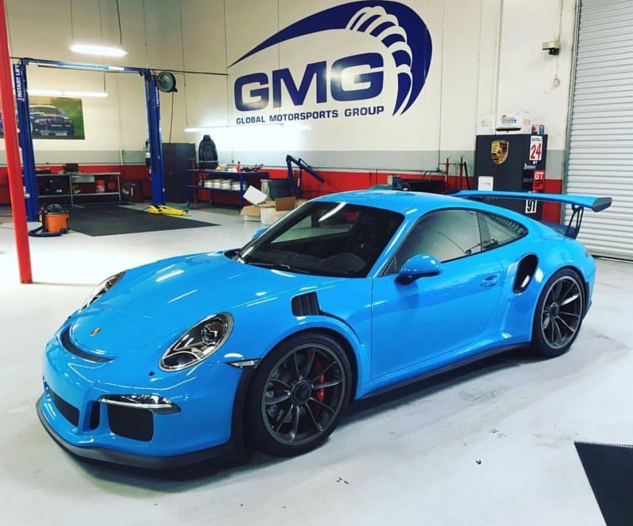 Porsche 991 GT3 RS Painted In Paint To Sample Mexico Blue