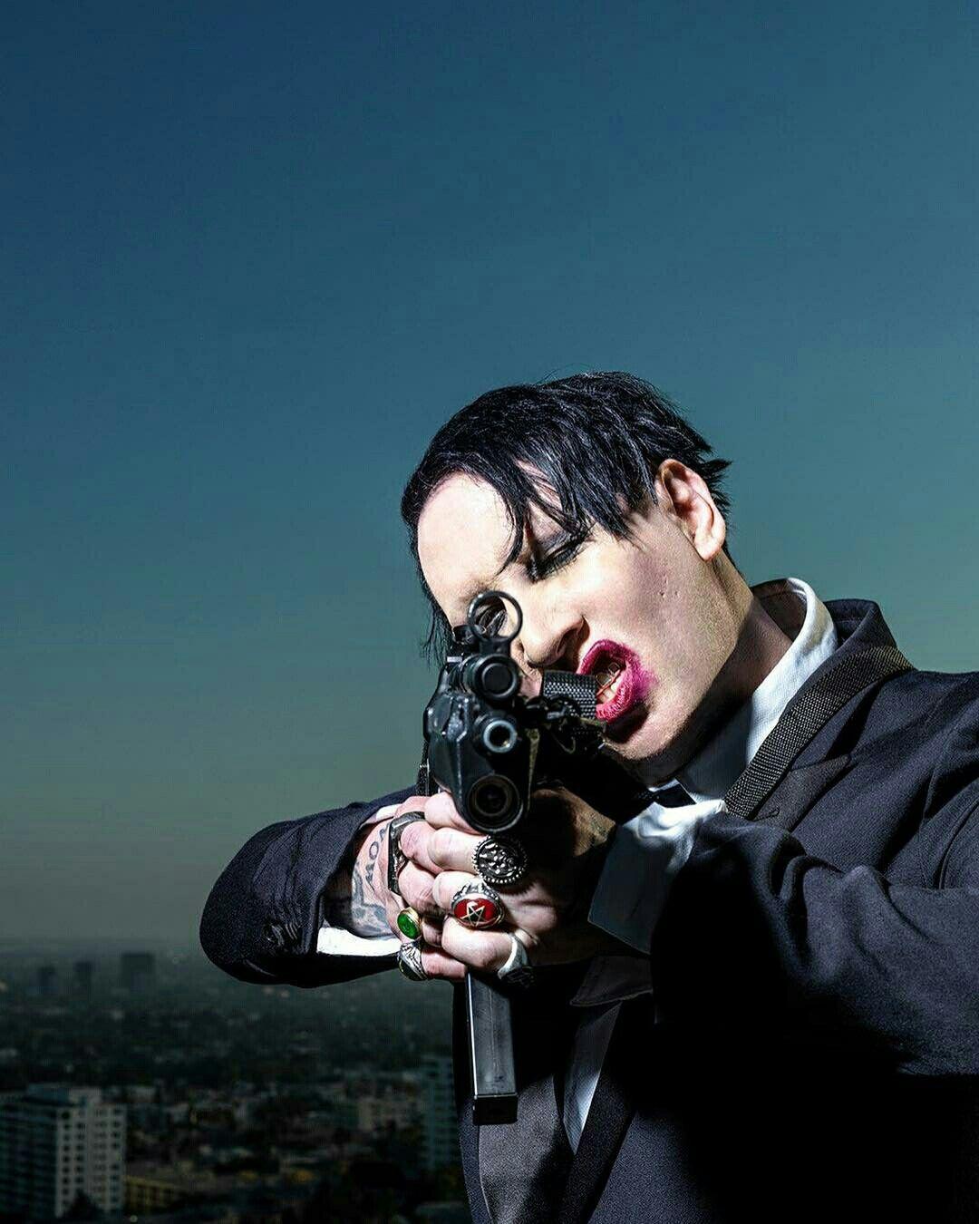 Marilyn Manson  You better run, cause we got guns    | bands
