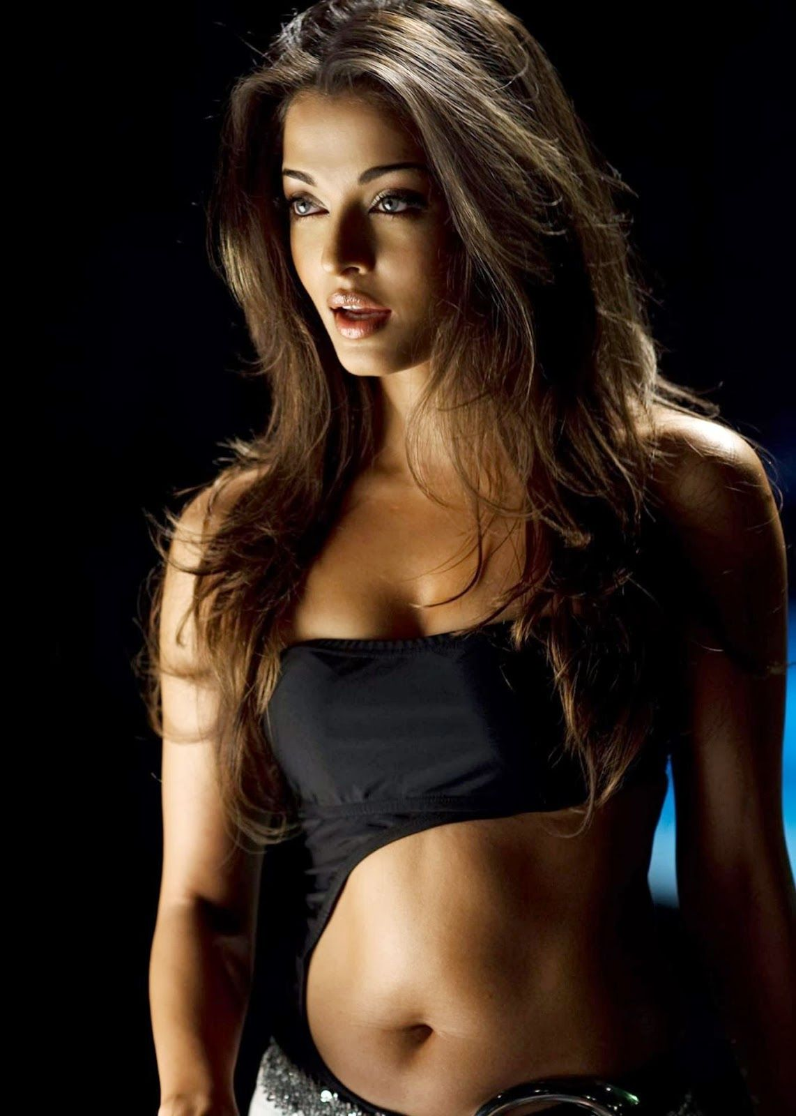 Hot Navel Pics Of Aishwarya Rai Sexy Bollywood Actresses Shows Their Navel Unmatched Collection Of Aish Hot Navel