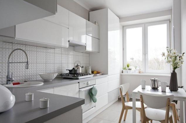Aranzacja Kuchni W Bloku Z Oknem Szukaj W Google Kitchen Design Cabinets And Countertops Kitchen