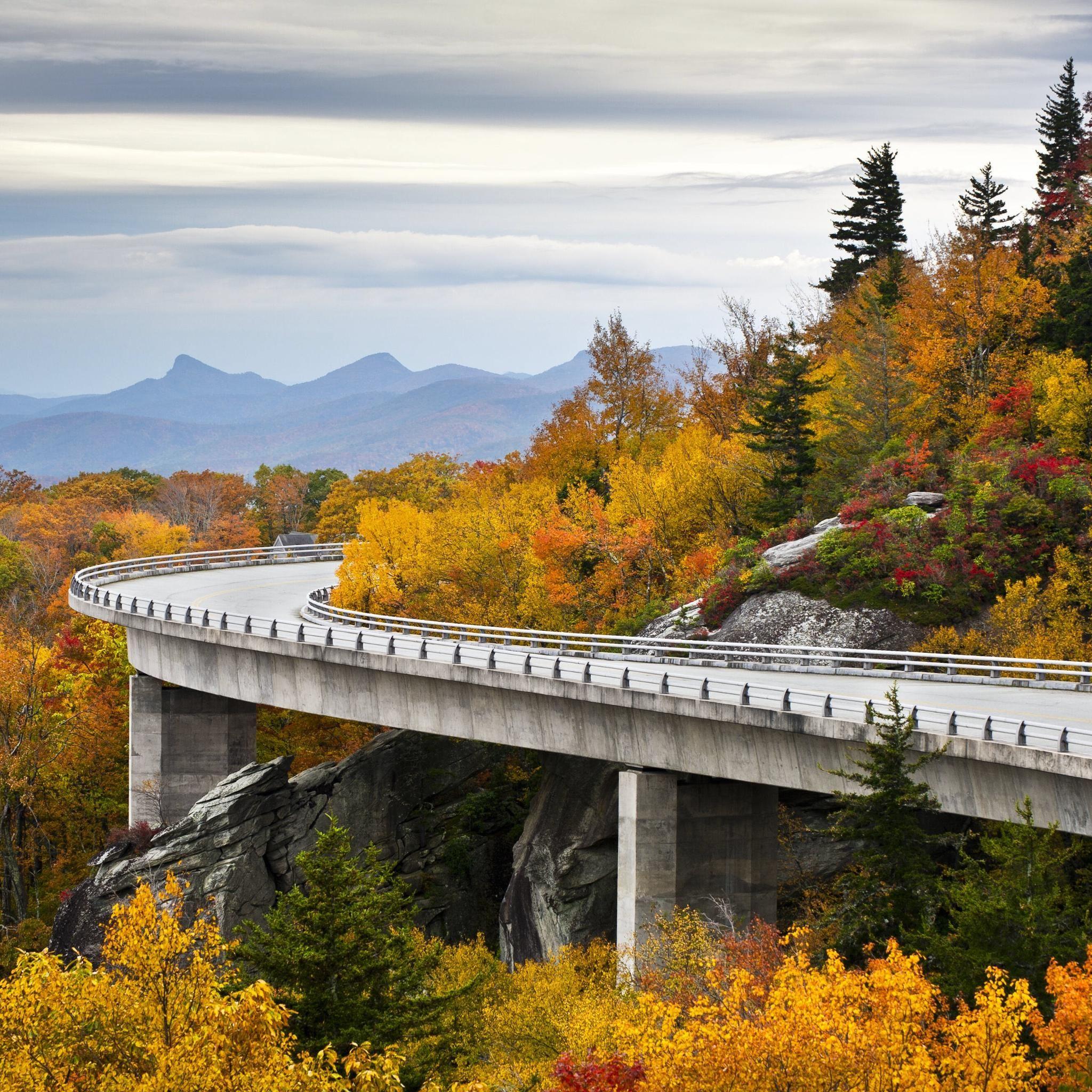 Linn Cove Viaduct, Blue Ridge Parkway North Carolina