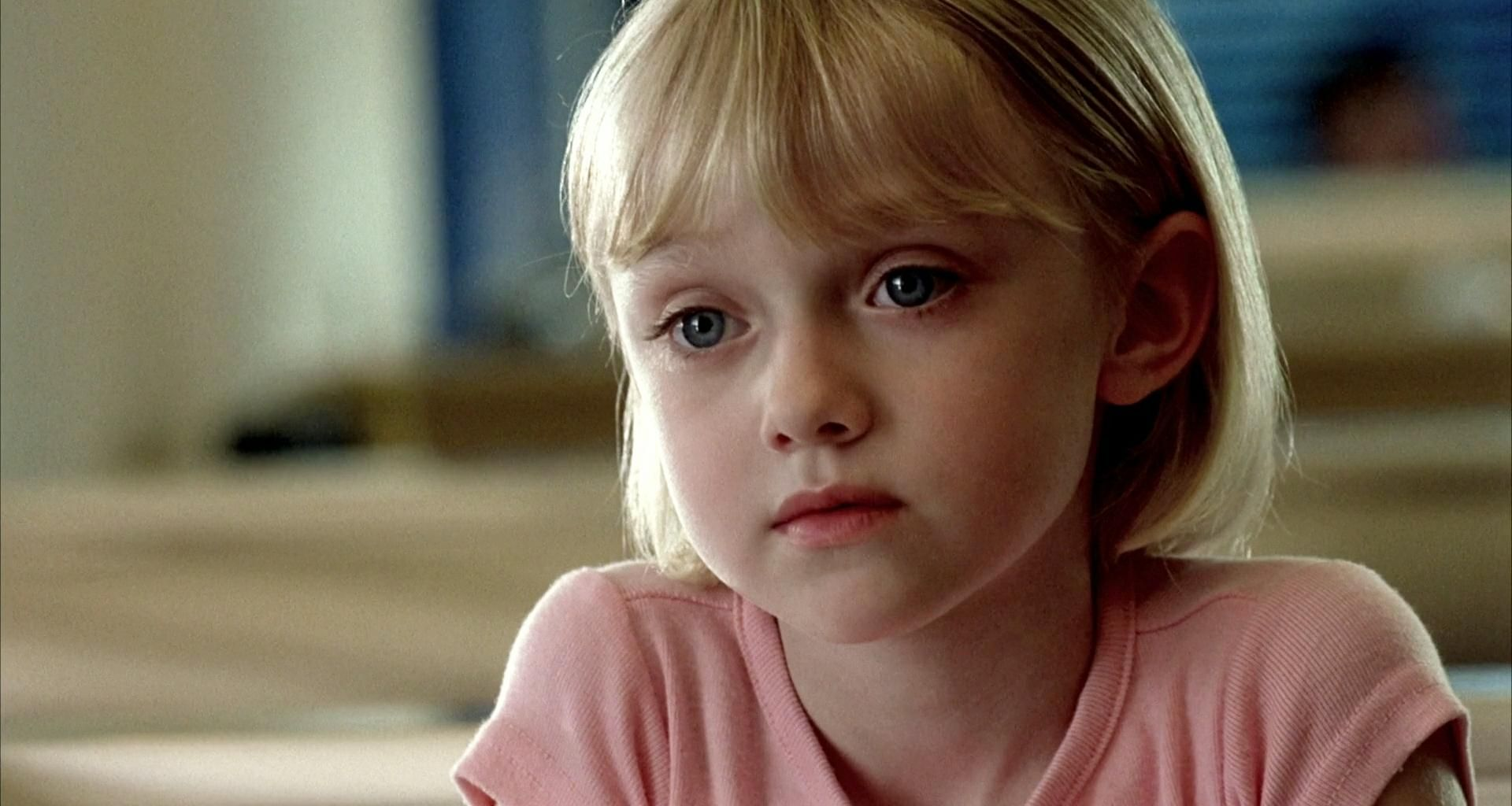 dakota fanning from sweet to sexy icons dakota lucy from my is sam amazing performance