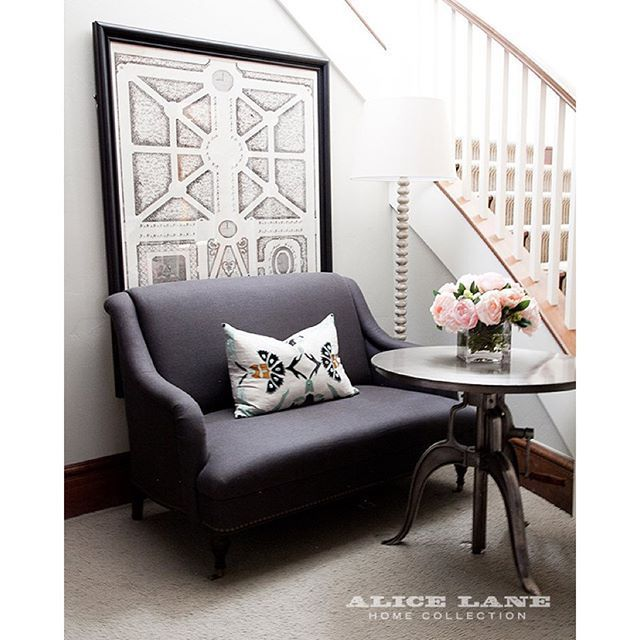 Alice Lane Home Collection   Cottonwood Craftsman   Gray settee