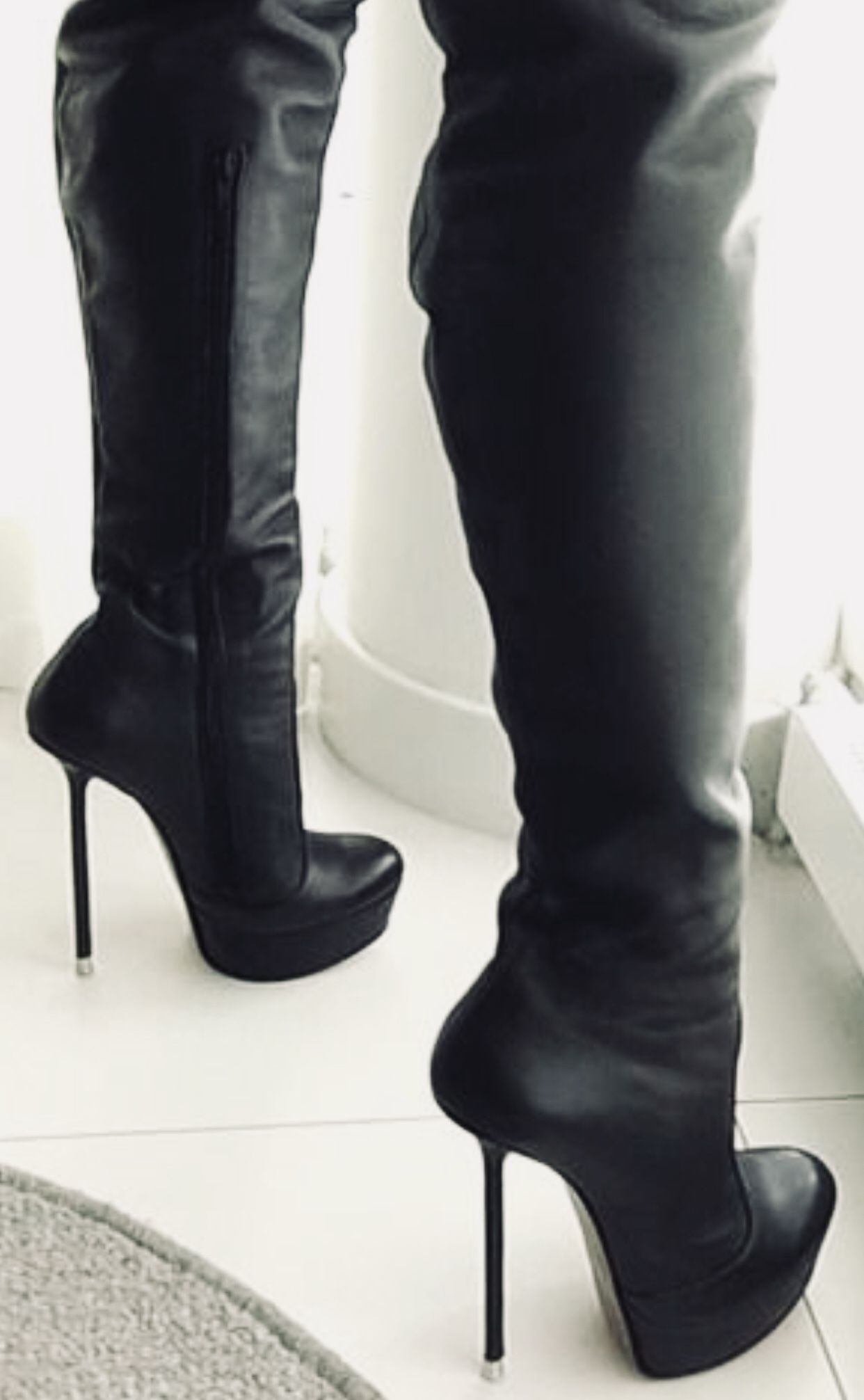 Pin by Extreme Master on Hoge laarzen | Thigh high boots