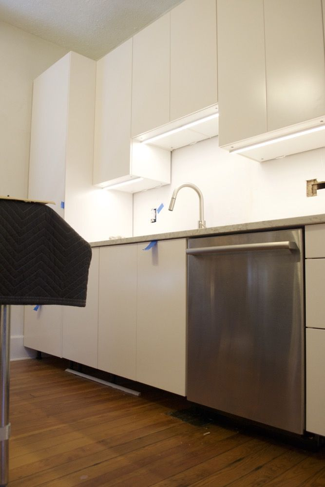 Best Tips For Installing Ikea Under Cabinet Lighting — The 400 x 300