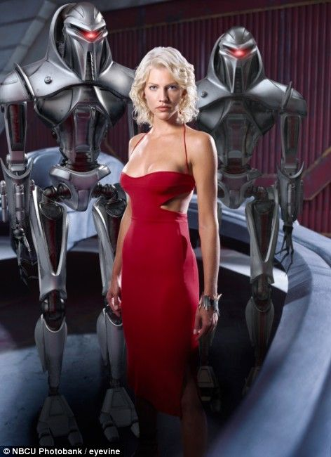 Tricia Helfer - Six | Be The Villain to Beat The Villain ...