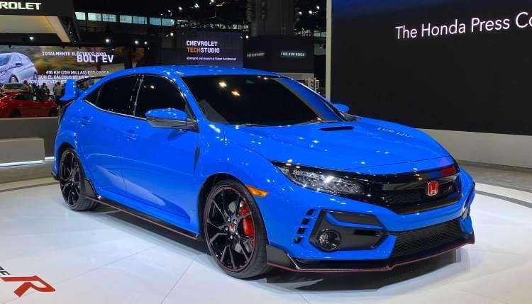 هوندا سيفيك نوع آر 2020 Civic Type R باللون الأزرق في شيكاغو In 2020 Honda Civic Type R Honda Civic Honda Type R