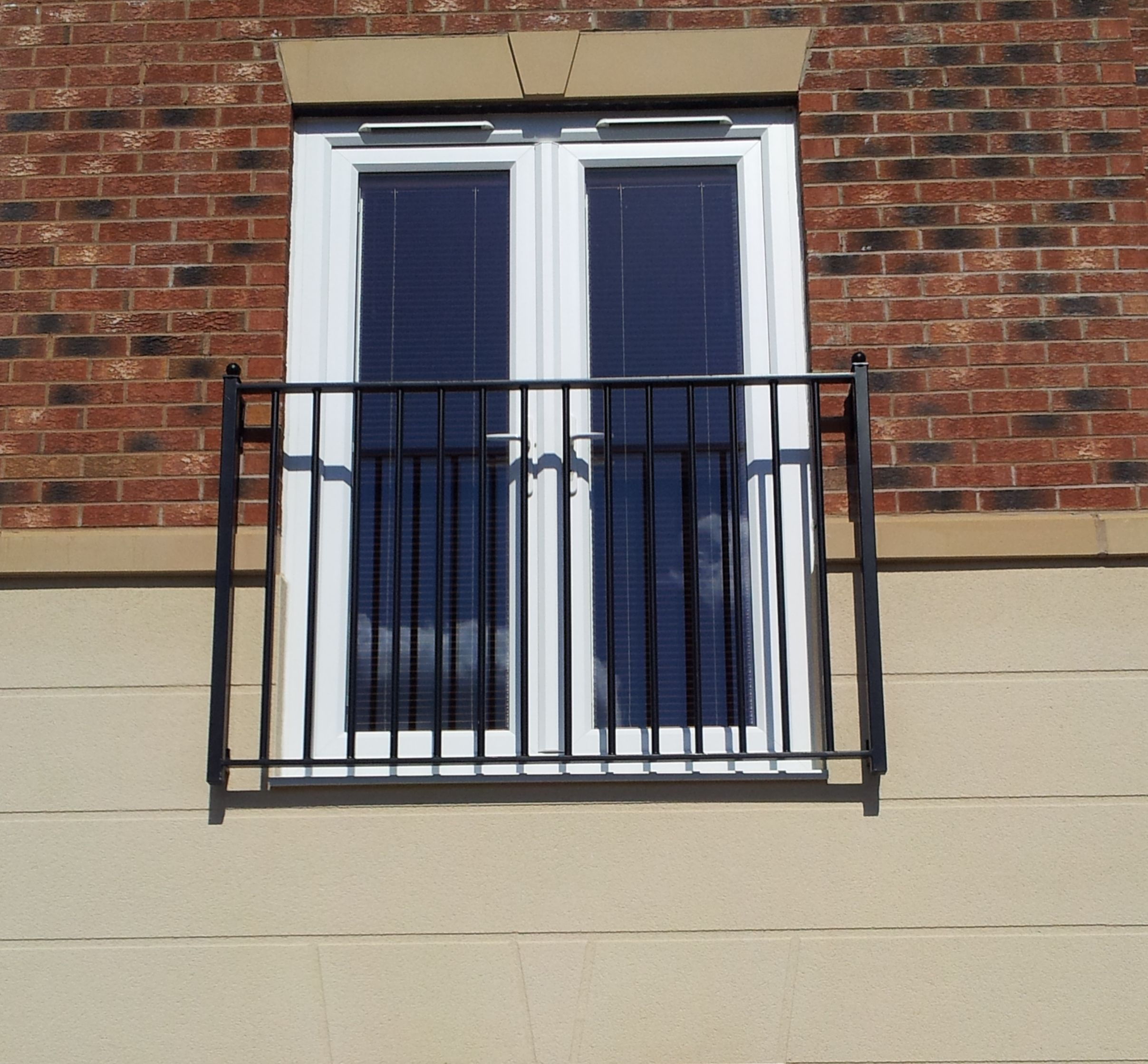 Traditional design fabricated juliet balcony balustrade for Metal balcony