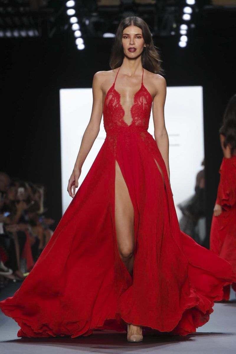 Michael Costello Fashion Show Ready to Wear Collection Spring Summer ...
