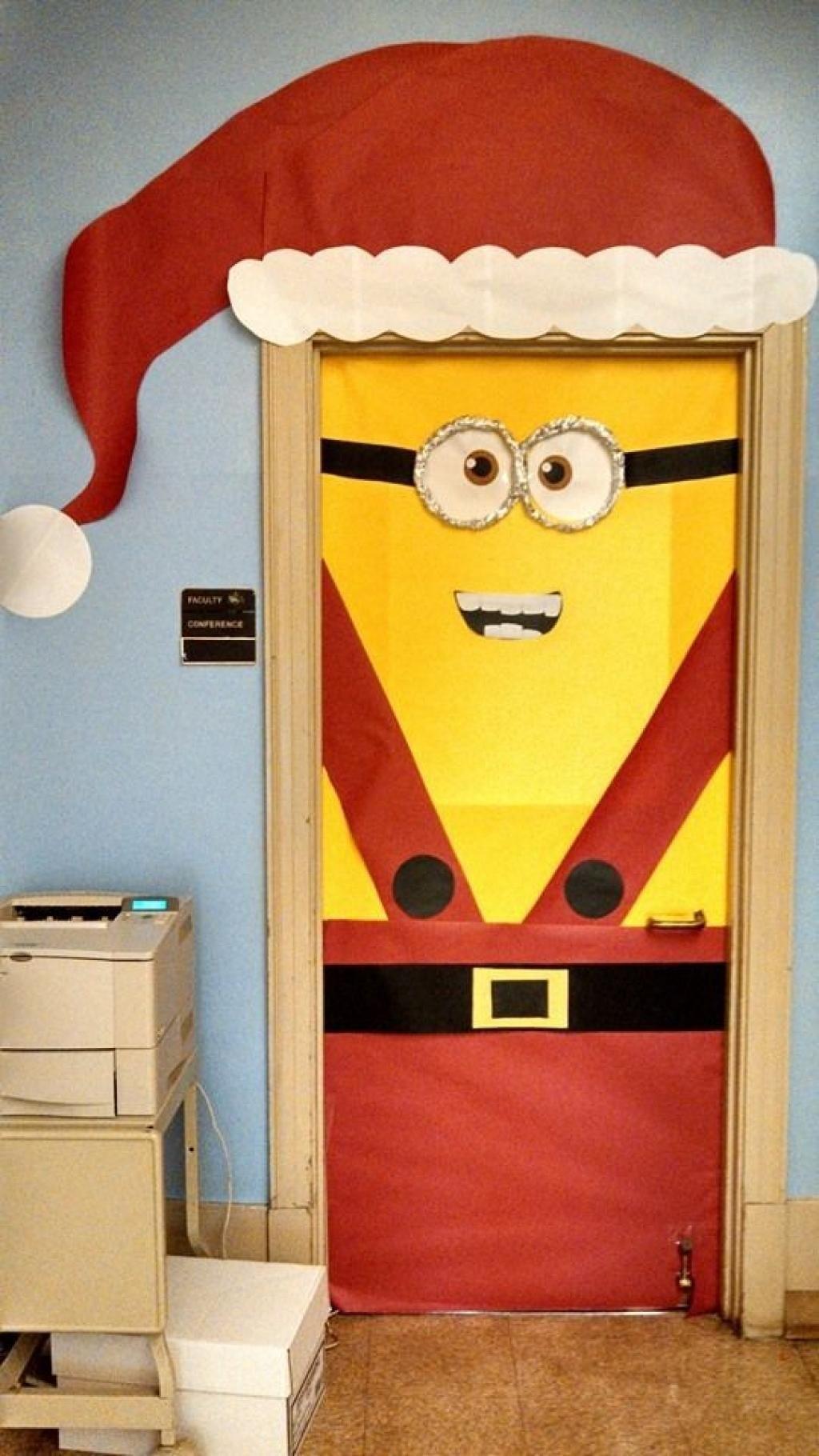 20 magnifiques id es pour d corer une porte pour no l une id e bricoler avec les enfants a - Decorer une porte ...