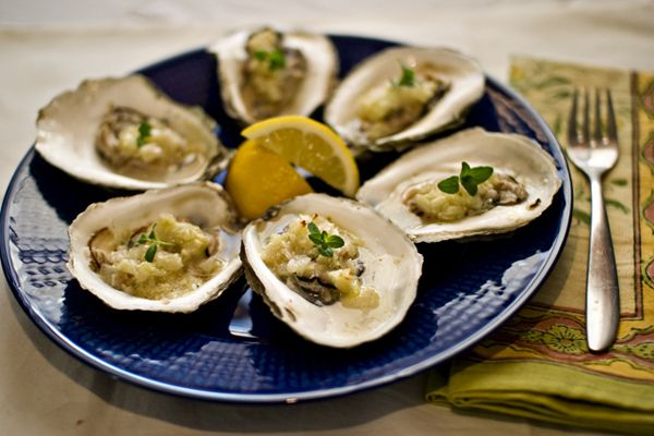 Baked Oysters with Thyme and Garlic