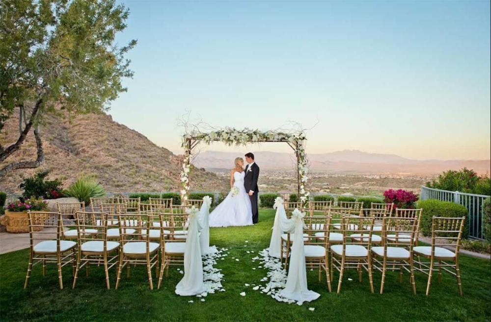 Diy Outdoor Wedding Ideas On A Budget Mypic Asia In 2020 Outdoor Wedding Wedding Arches Outdoors Diy Outdoor Weddings