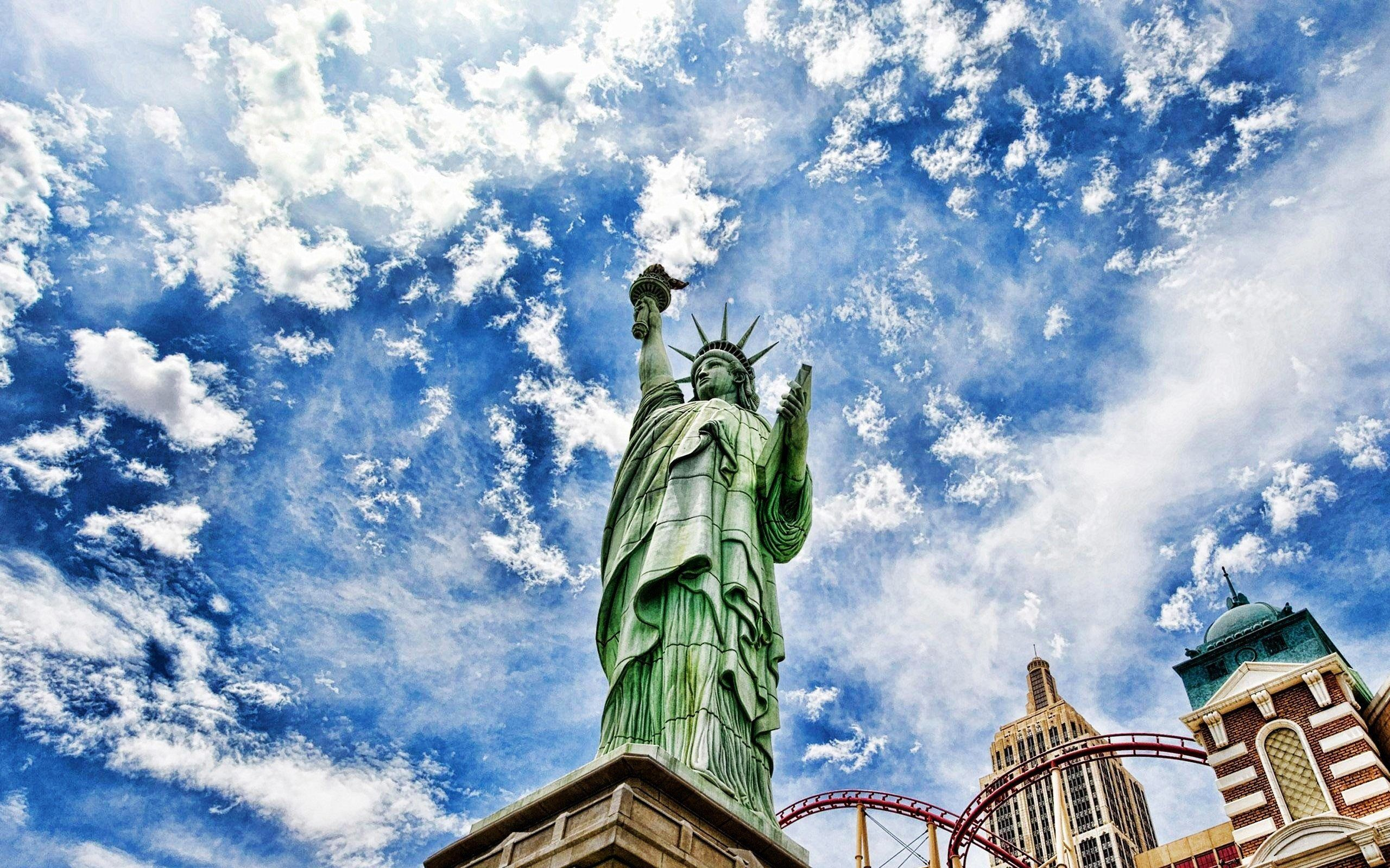 Statue Of Liberty Hd 1366x768 Hd Wallpaper From Gallsource Com Pc