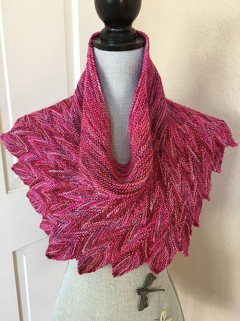 Pincha Shawl By Pinpilan Wangsai Knitted By