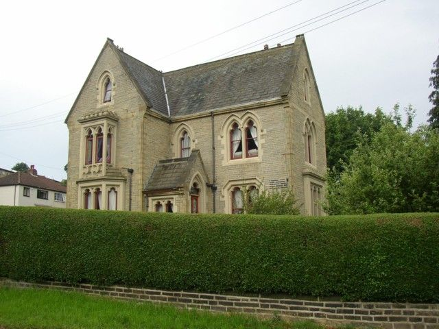 bellow we give you file house in victorian gothic style baildon