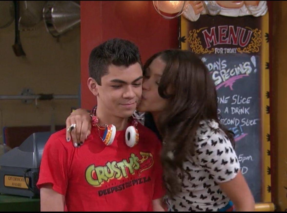 Shake It Up Rocky Kissing Deuce Google Search Cheek Kiss