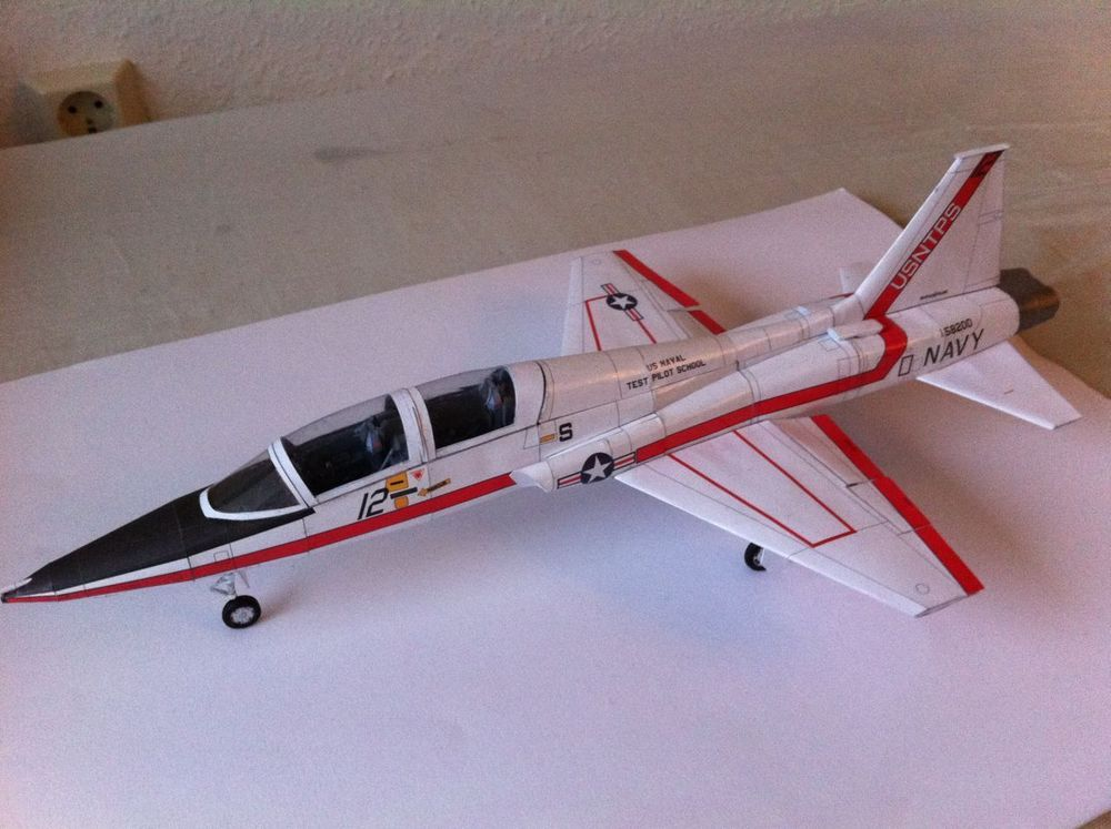 Build highly detailed RC scale model airplanes with these plans