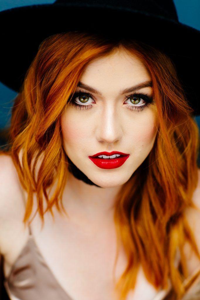 Model redhead site web