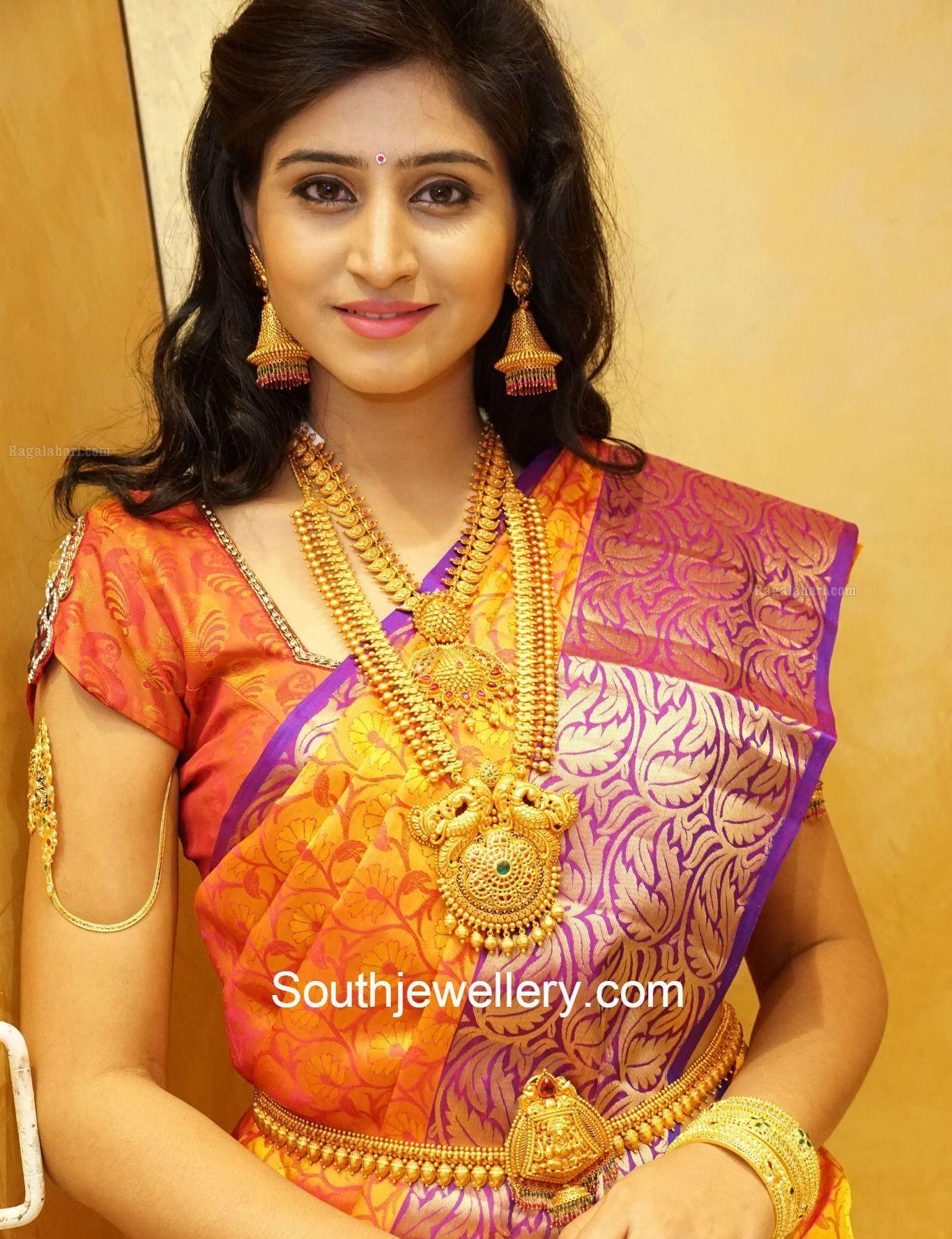 shamilimangoharamjpg 13661777 Long Gold Chains Pinterest