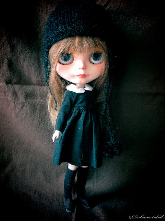 The wide eyed world of beautiful Blythe