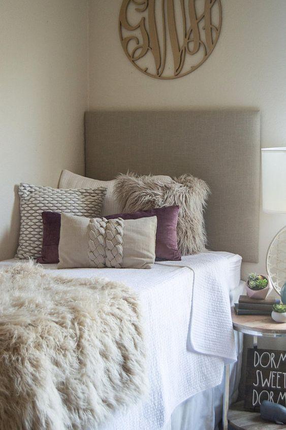 Dorm Room Headboards: 26 Best Dorm Room Ideas That Will Transform Your Room