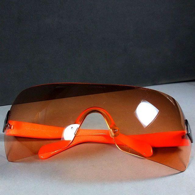 3ff83379c8 Chanel 4109 c.262 7H 120 CC Logo Brown Orange Rimless Shield Sunglasses