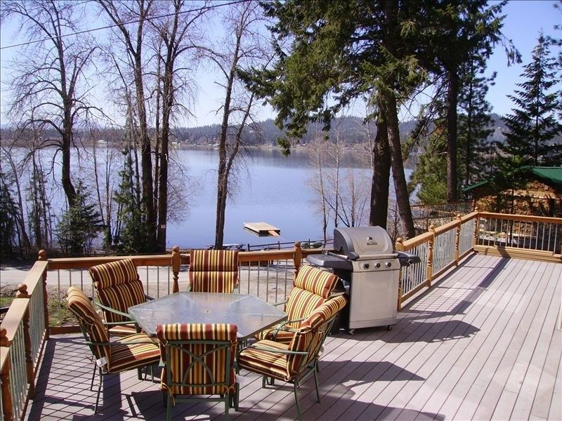 House vacation rental in Hauser Lake from