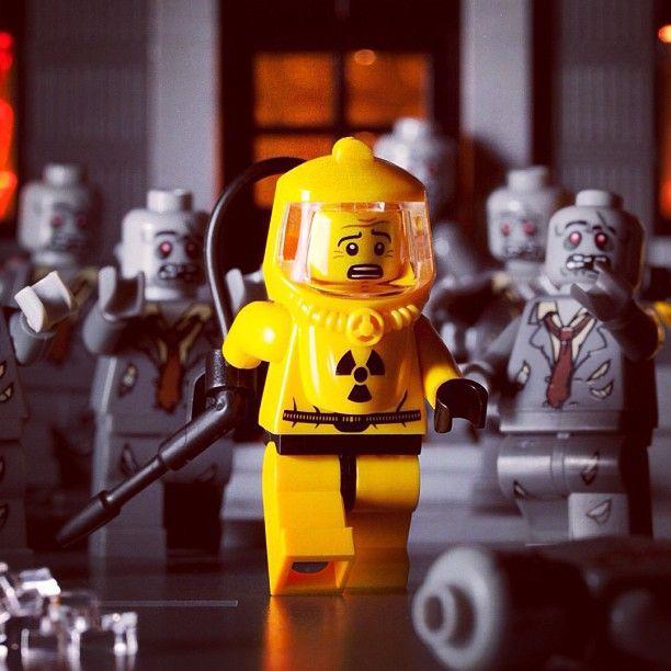Lego zombie run away | Cool lego creations, Lego ...