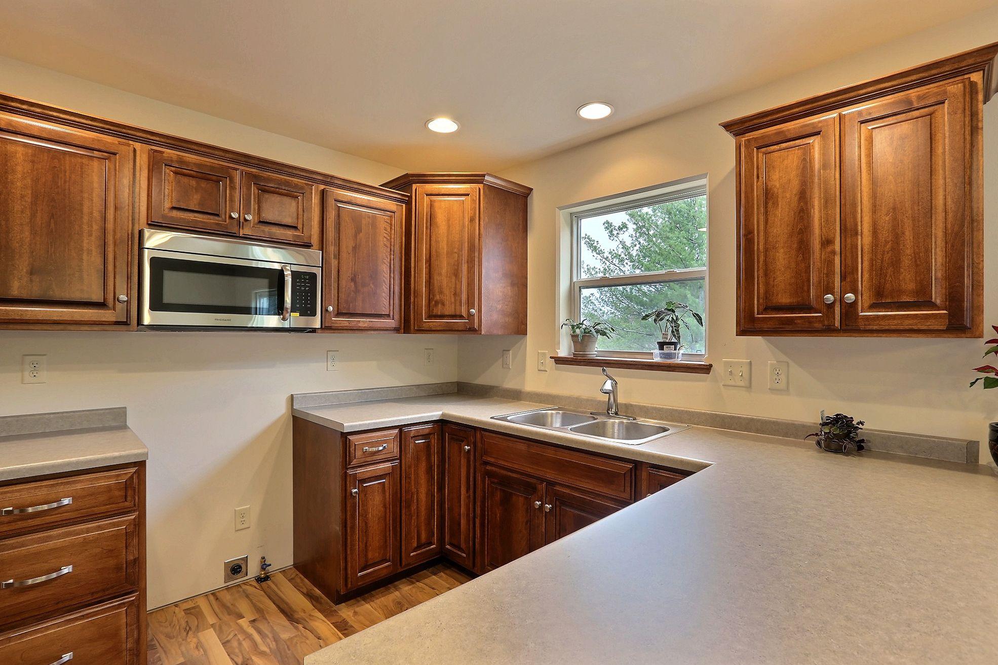 Kitchen - Mocha Floorplan Counter tops: Formica Butterum ...