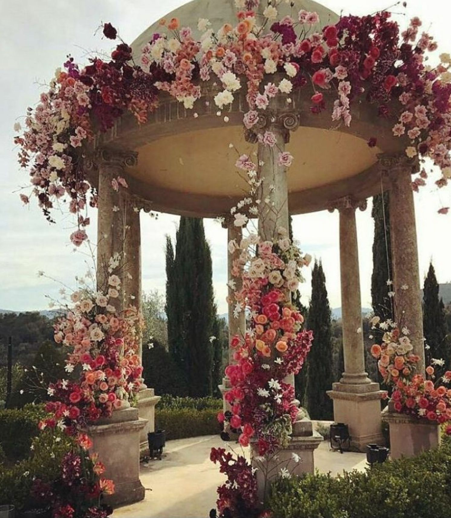 Wedding decorations stage backdrops october 2018 Pin by VILABLAVA on B O T A N I C A L S  Pinterest