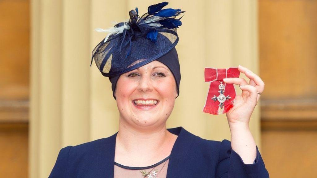 Kate Granger: #hellomynameis campaigner was 'inspirational' - BBC News