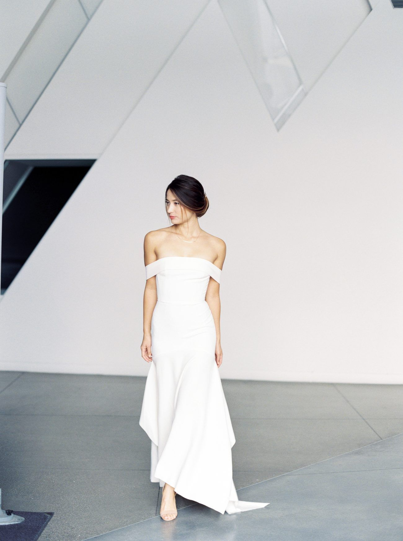 Stunning Japanese Inspired Bridal Shoot - Once Wed | Shoulder dress ...
