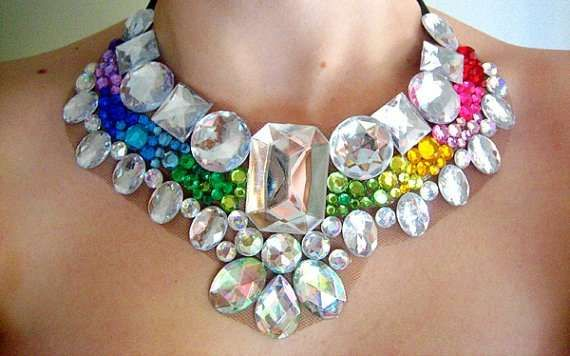 Rhinestone Statement Necklaces are Chearful and Colorful #necklace #jewelry trendhunter.com