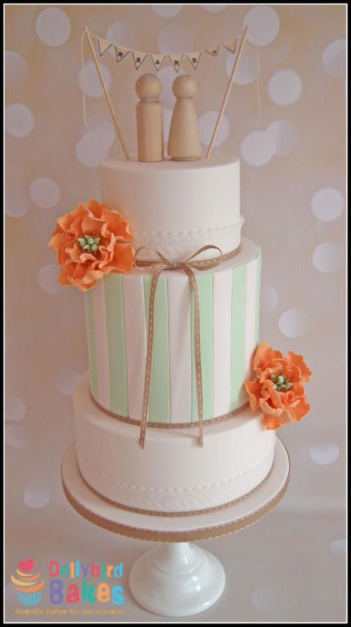 Spring wedding - Cake by Dollybird Bakes