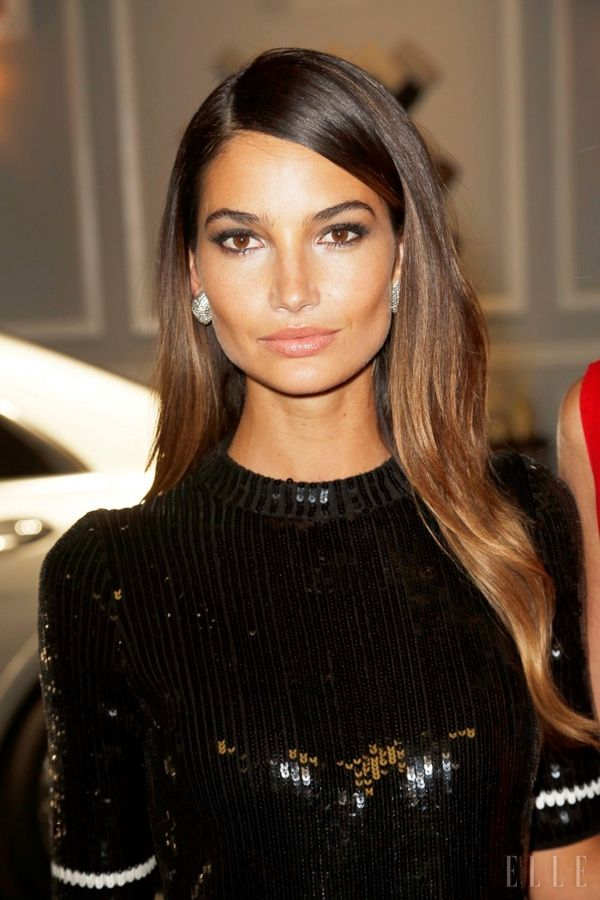 847b2c0e1ea57 Lily Aldridge reminds us of Jackie O a little