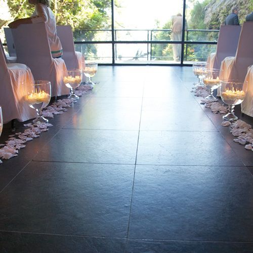 Chelsea's path from the entrance to her fiance was lined with white rose petals ...,  #Chelseas #Entrance #fiance #floatingcandlesweddingceiling #lined #path #Petals #Rose #White