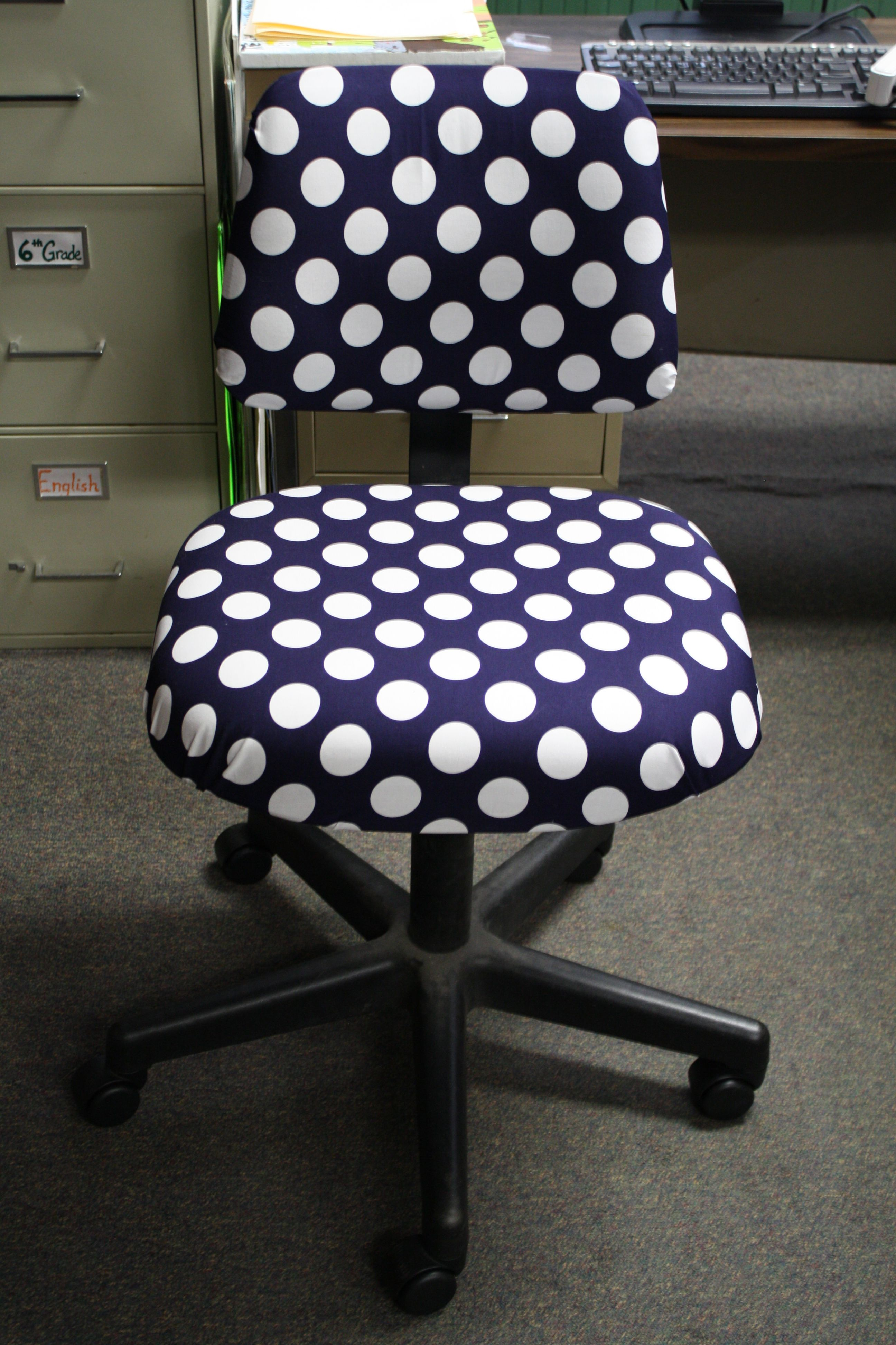 Diy Polka Dot Chair Inspired By Another Pinner I Recreated My