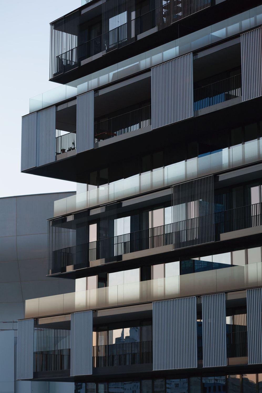 Fünf in eins – Wohnbau von Farshid Moussavi in Paris