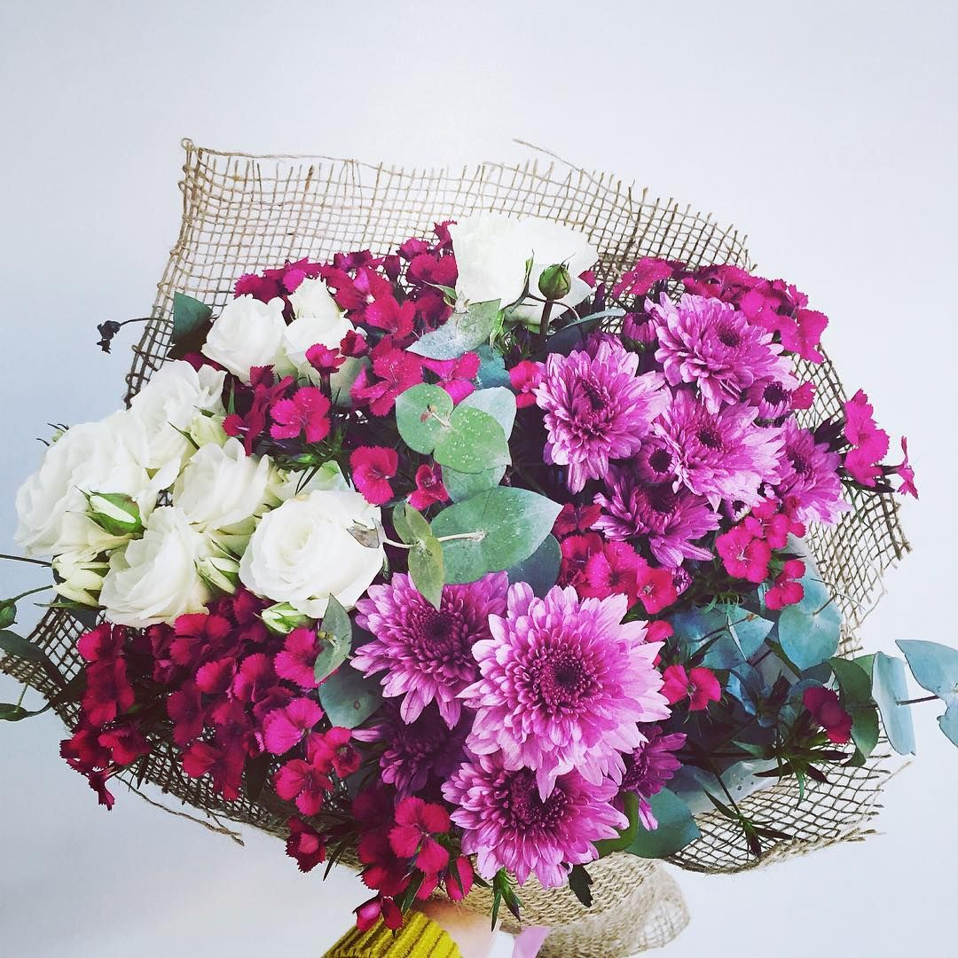 Pink flowers convey playfulness and spontaneity and are a fun pink flowers convey playfulness and spontaneity and are a fun choice of flower to cheap flower deliveryfresh izmirmasajfo
